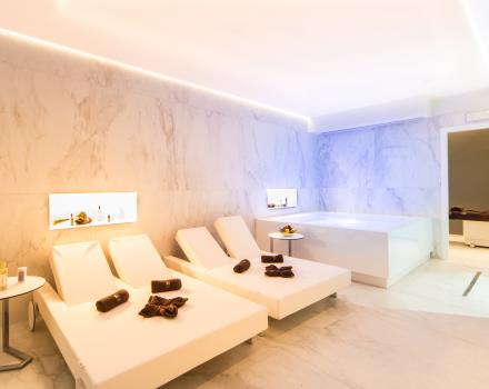 Relaxation and harmony in the wellness center of our 4 star Hotel Sanremo.