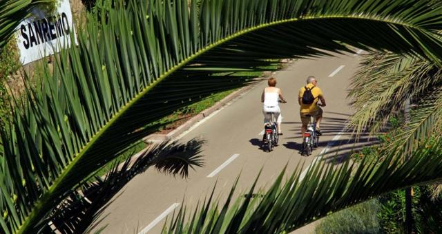 Come to Sanremo and discover the most beautiful cycle track in Europe