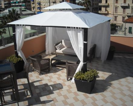 New gazebo available on the terrace at the BEST WESTERN Hotel Nazionale