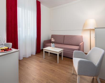 Discover the conveniences of our hotel''s junior suite in downtown Sanremo